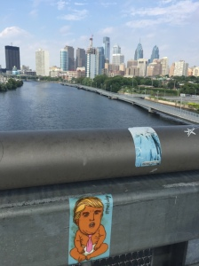 whoever put this one up must be really into Schuylkill River city-view shots